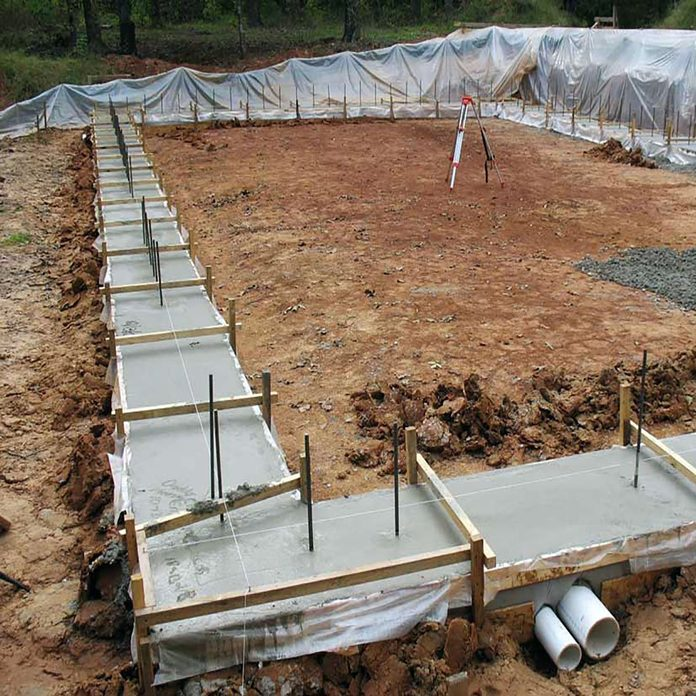 Fabric forms for pouring concrete footing | Construction Pro Tips