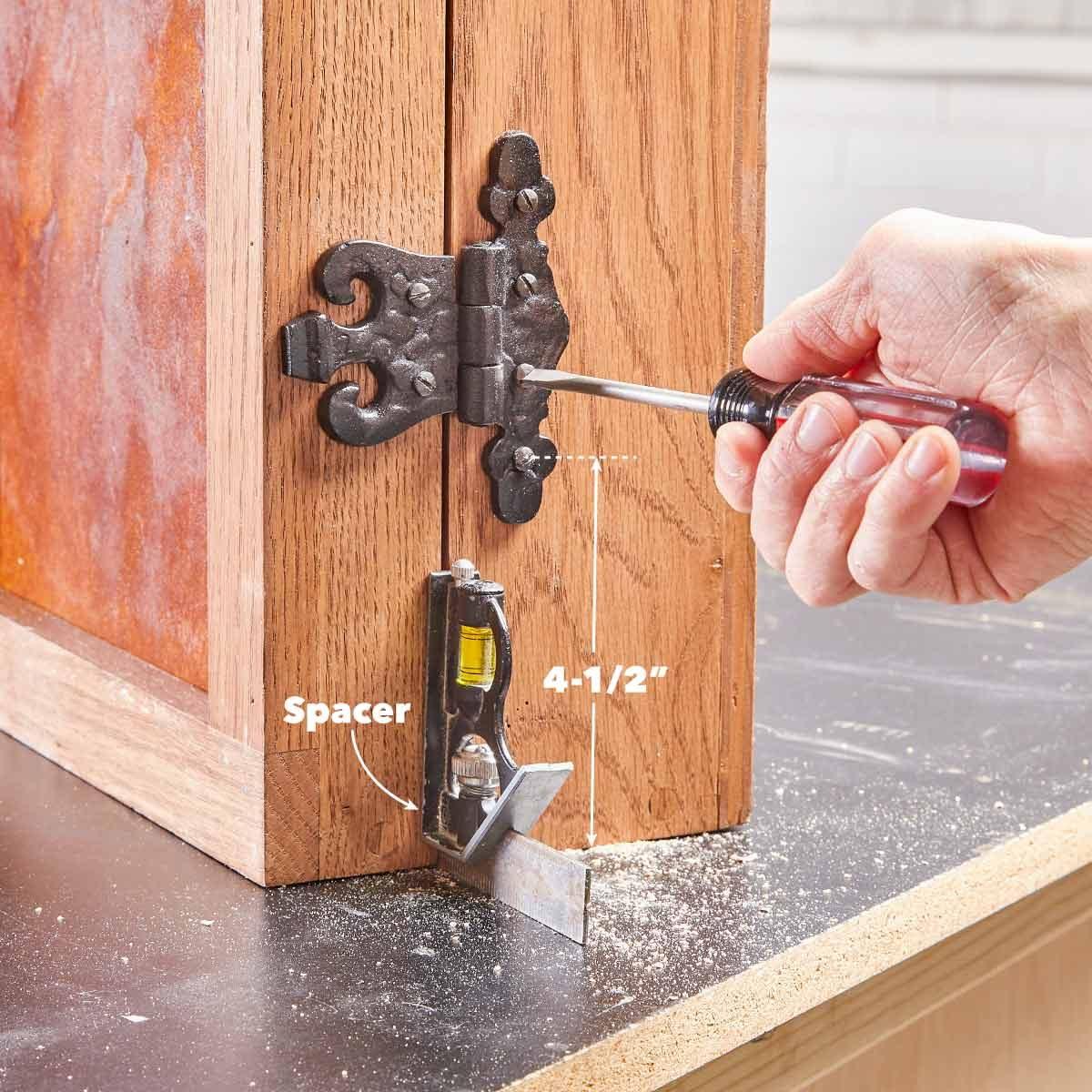 dartboard mount the hinges