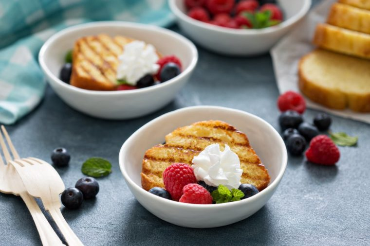 Grilled pound cake with fresh berries for an oudoor summer party