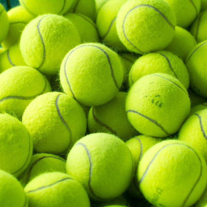 Group-of-tennis-balls