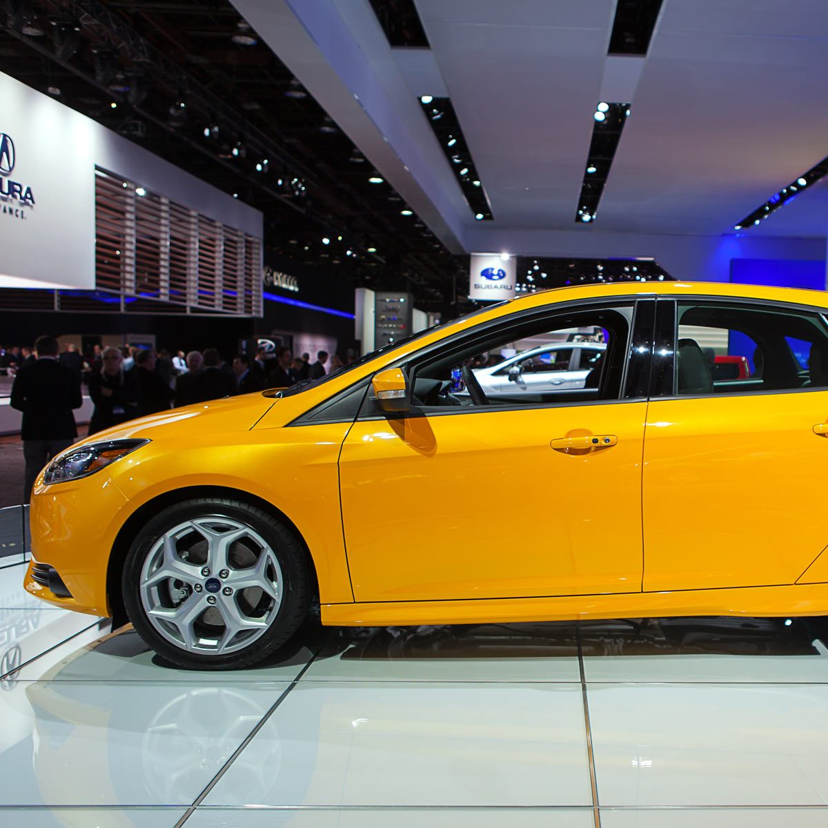 2013-Yellow-Ford-Focus