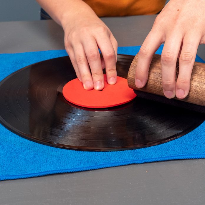 clean record with cleaning pad