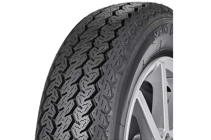 02_Best-vintage-car-tires--Vredestein-Sprint-Classic