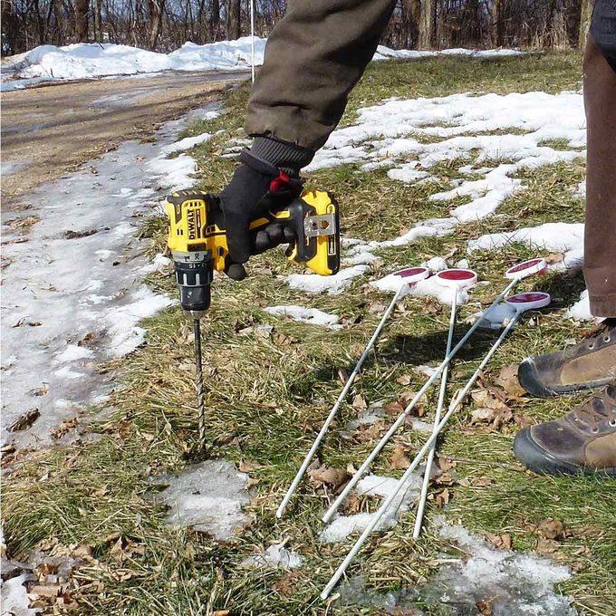 Driveway-Marker drill frozen ground