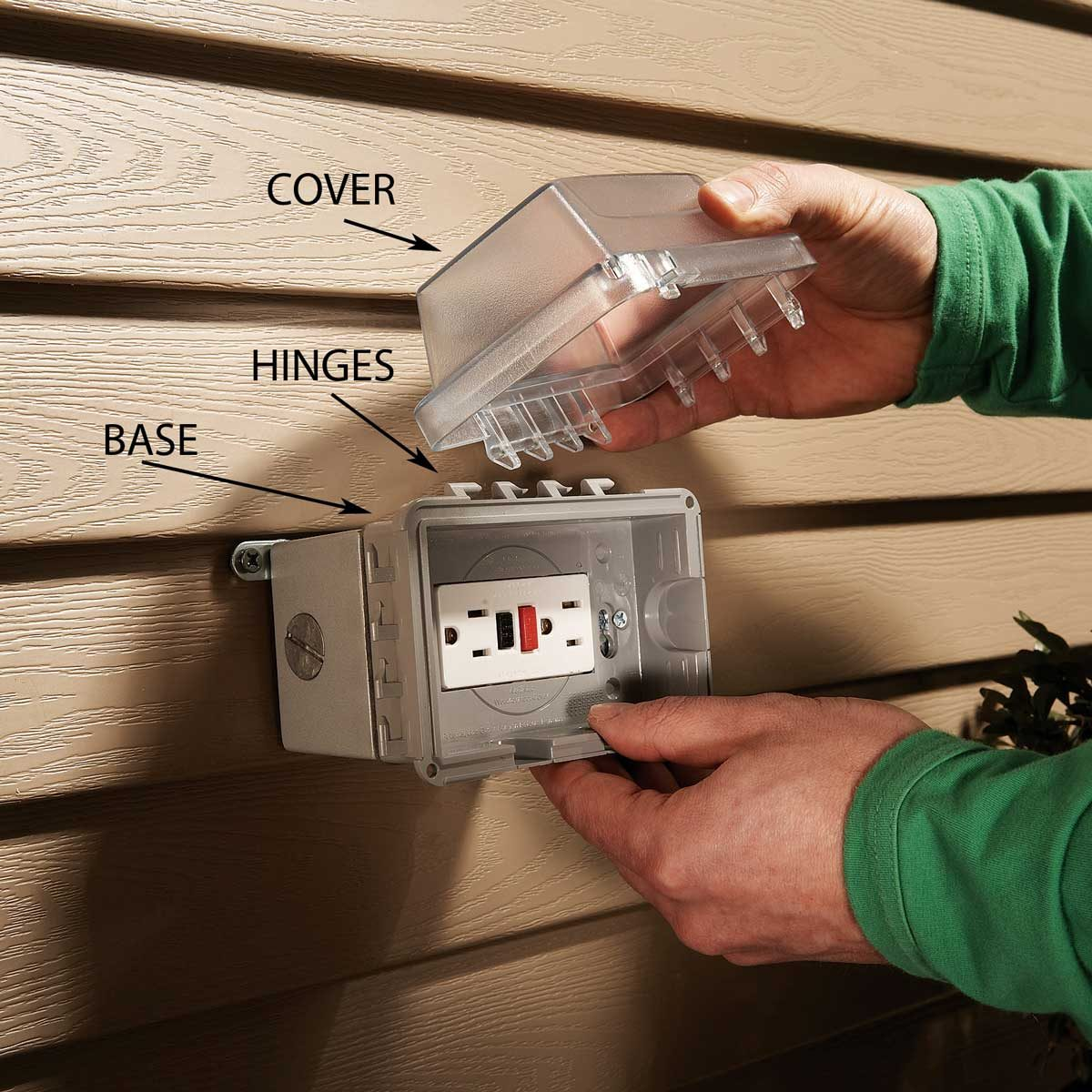 Mount the Weatherproof Electrical Outlet Box Cover