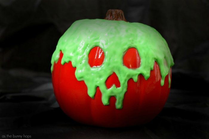 Poison-Apple-Pumpkin-700x467