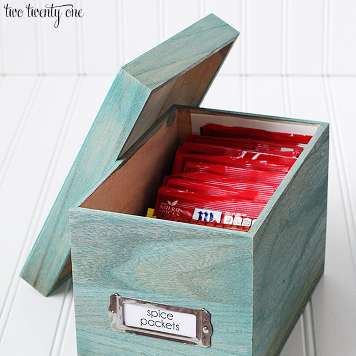 Spice packet organization box