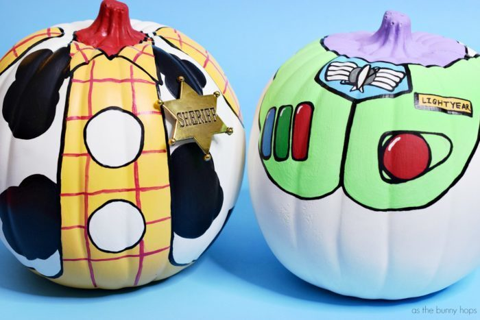 Woody-and-Buzz-Pumpkins-700x467