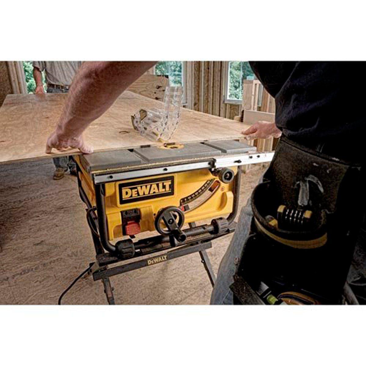 DeWalt-10-Inch-Compact-Job-Site-Table-Saw
