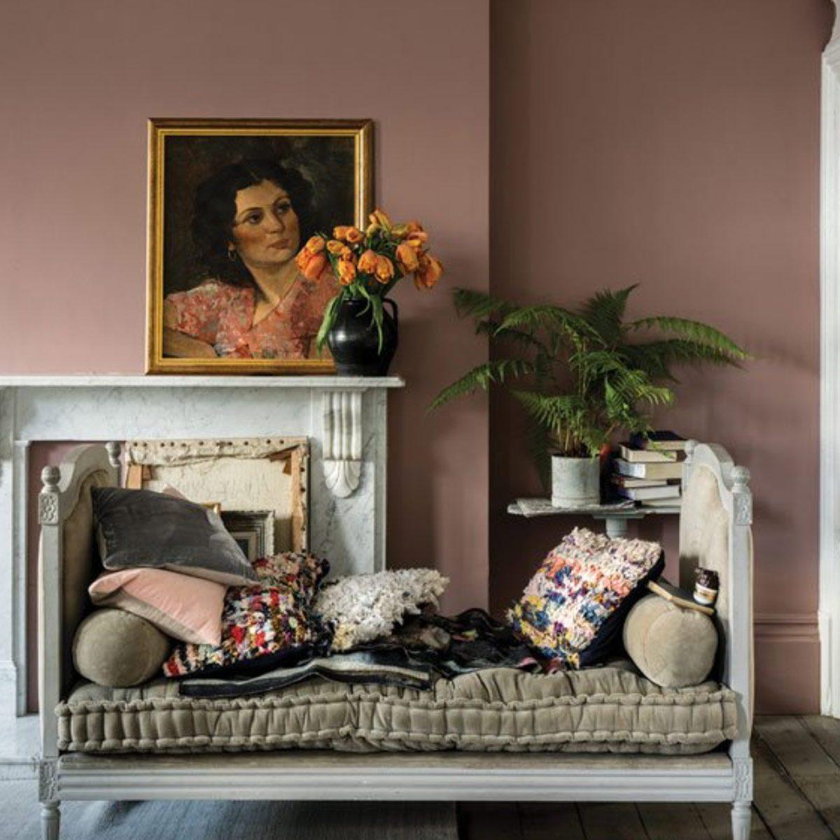 Farrow-&-Ball's-Sulking-Room-Pink