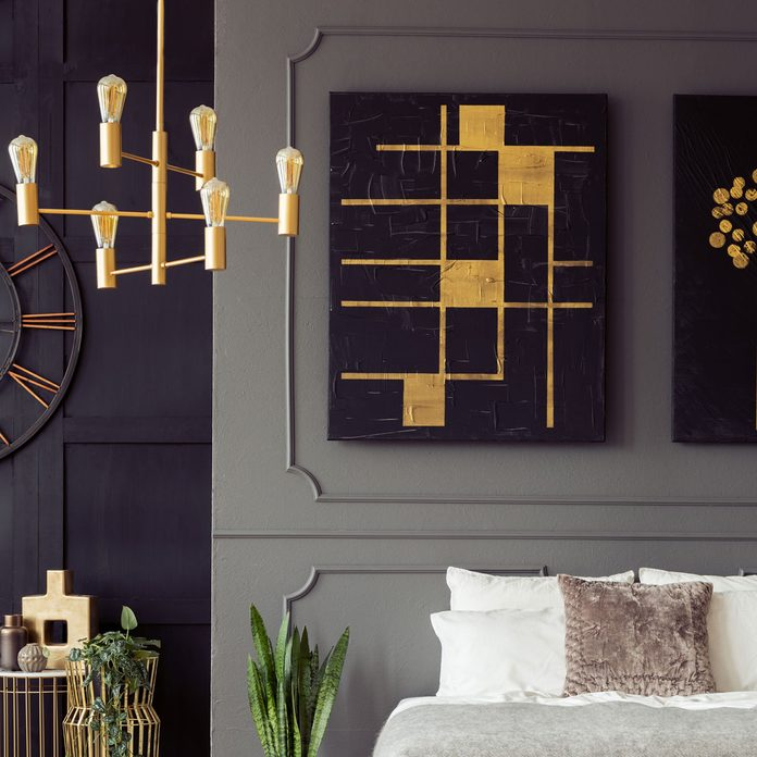 wall molding and art