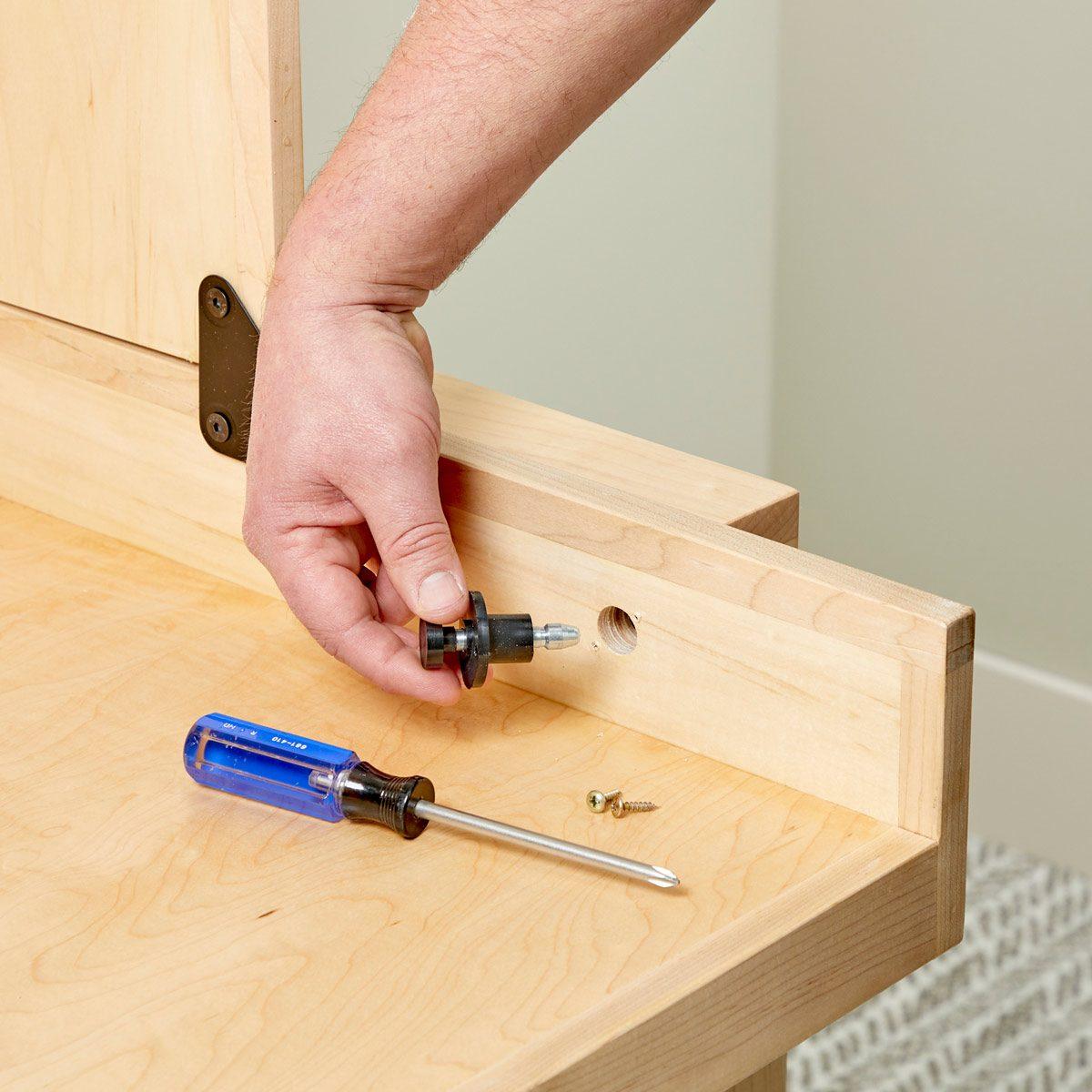 install locking pins