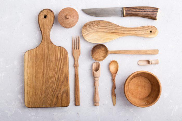 Kitchen utensils knolling style