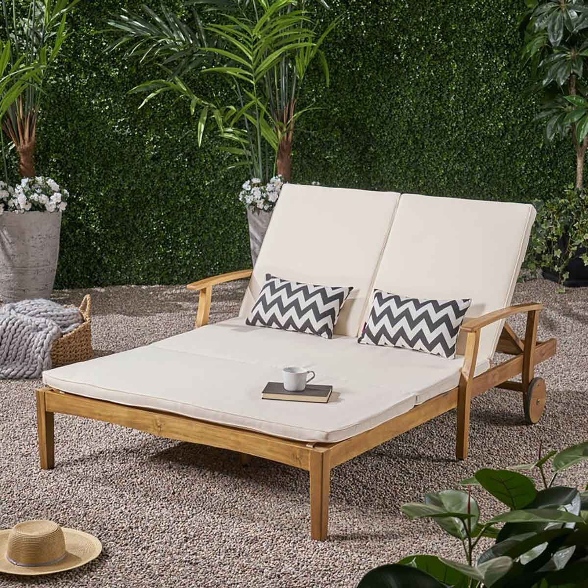 Double lounger