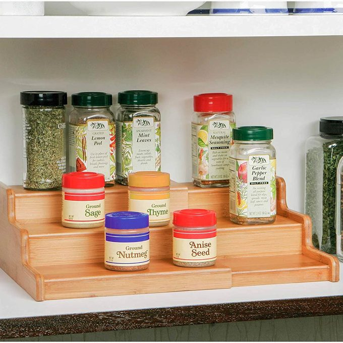 expandable spice rack