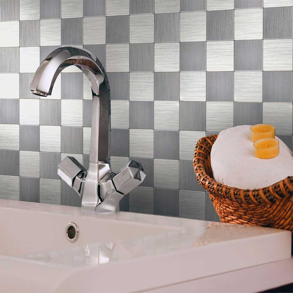 Metal checkerboard tile