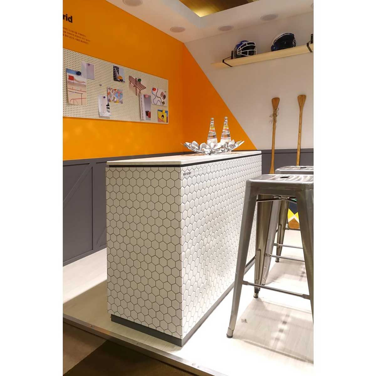 White honeycomb tile