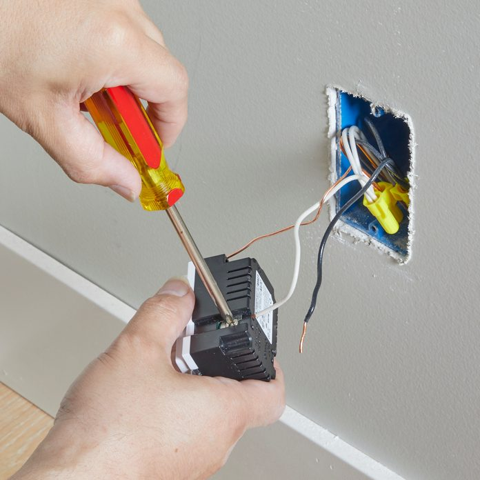 Wiring the new smart outlet