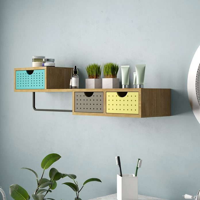 Floating drawers