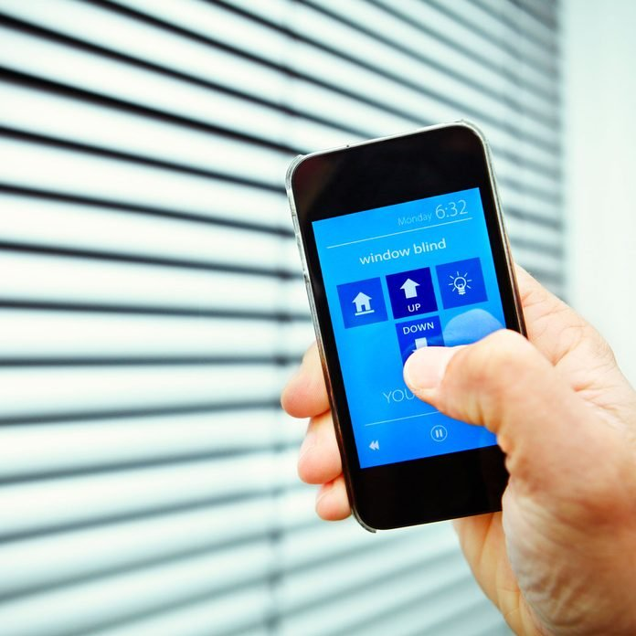 Controlling smart blinds with a phone