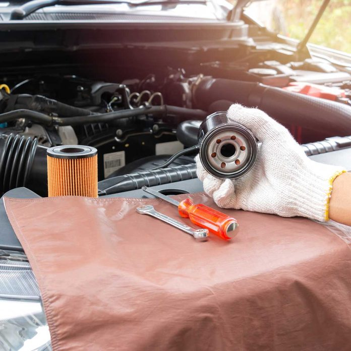 Changing an oil filter