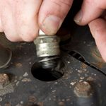 What Are the Signs That a Spark Plug Is Bad?