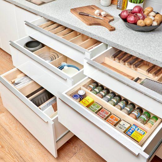 Organized drawers Fh21mar 608 51 503