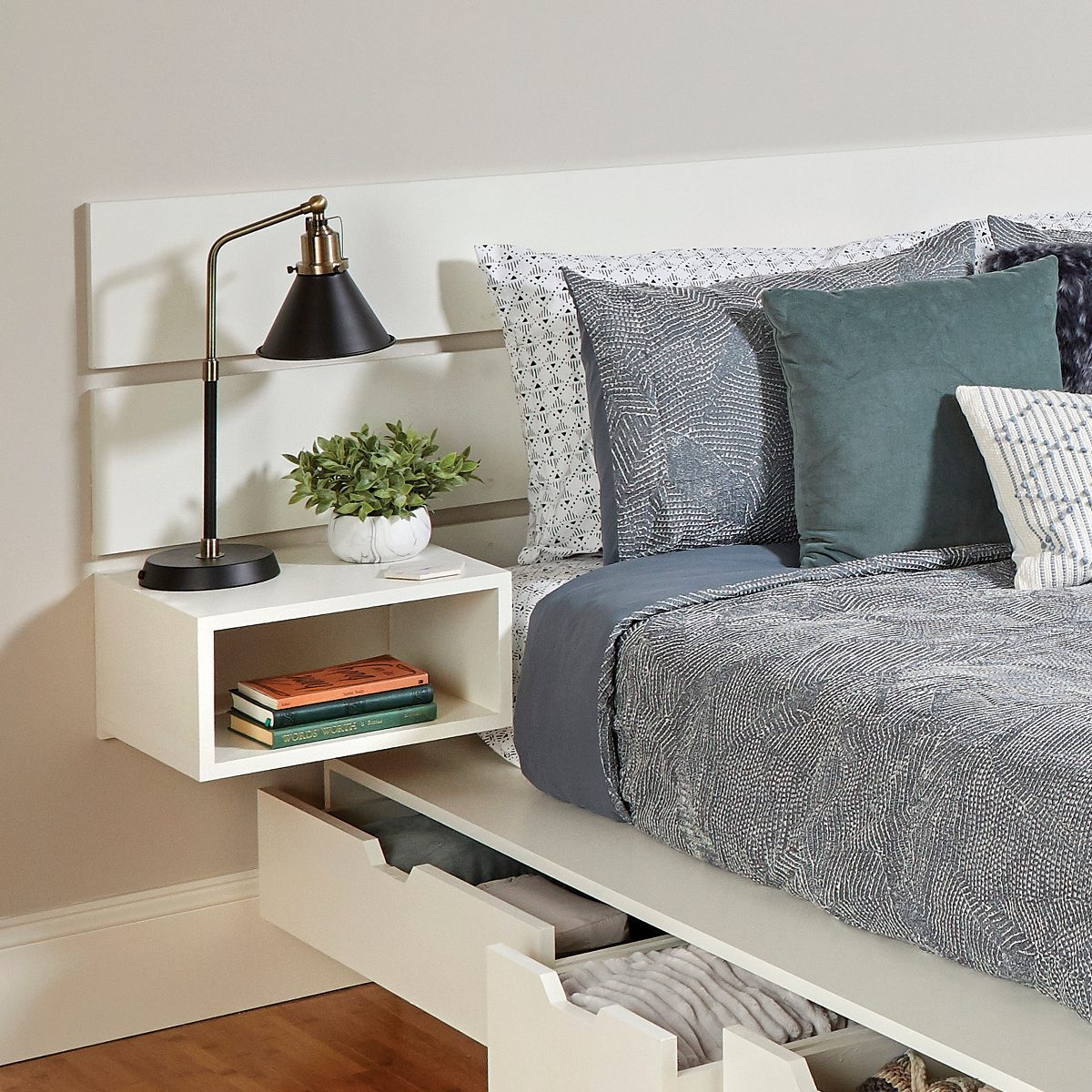 headboard and nightstand combination Fh21mar 608 52 103 Hb