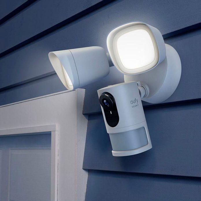 Eufy Security Lights 6404969cv13d
