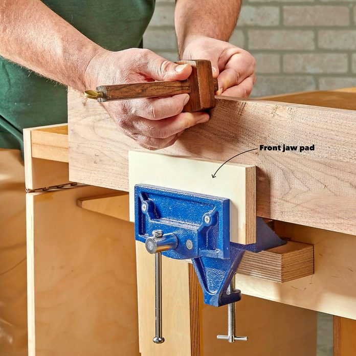 Install a vise