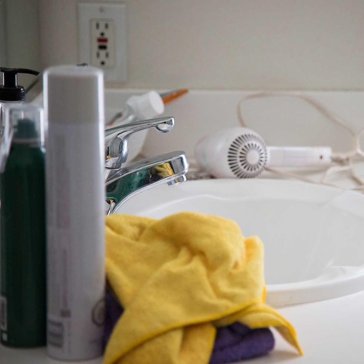 bathroom-Gettyimages 929055720
