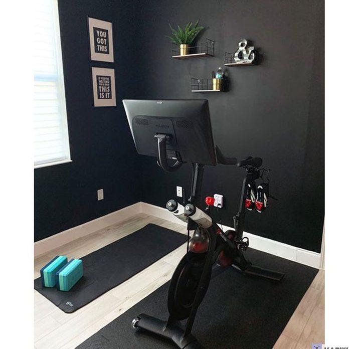 Black Home Gym