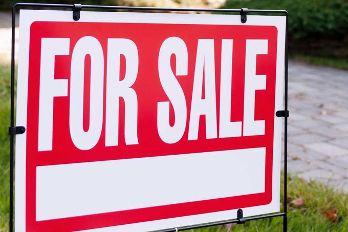 For Sale Sign Gettyimages 132314245
