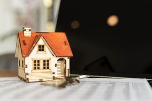 New Home Sales Dip in April Due to Cost Concerns