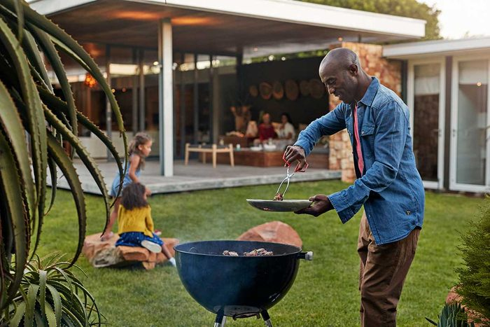Grilling Gettyimages 869865816