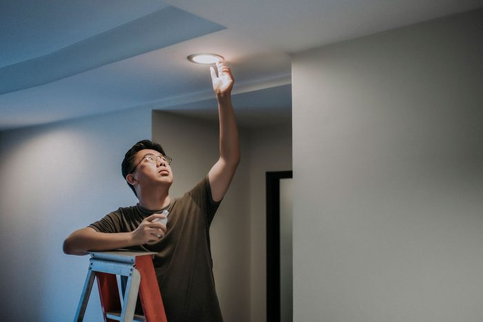 Installing Lighting Gettyimages 1219562390